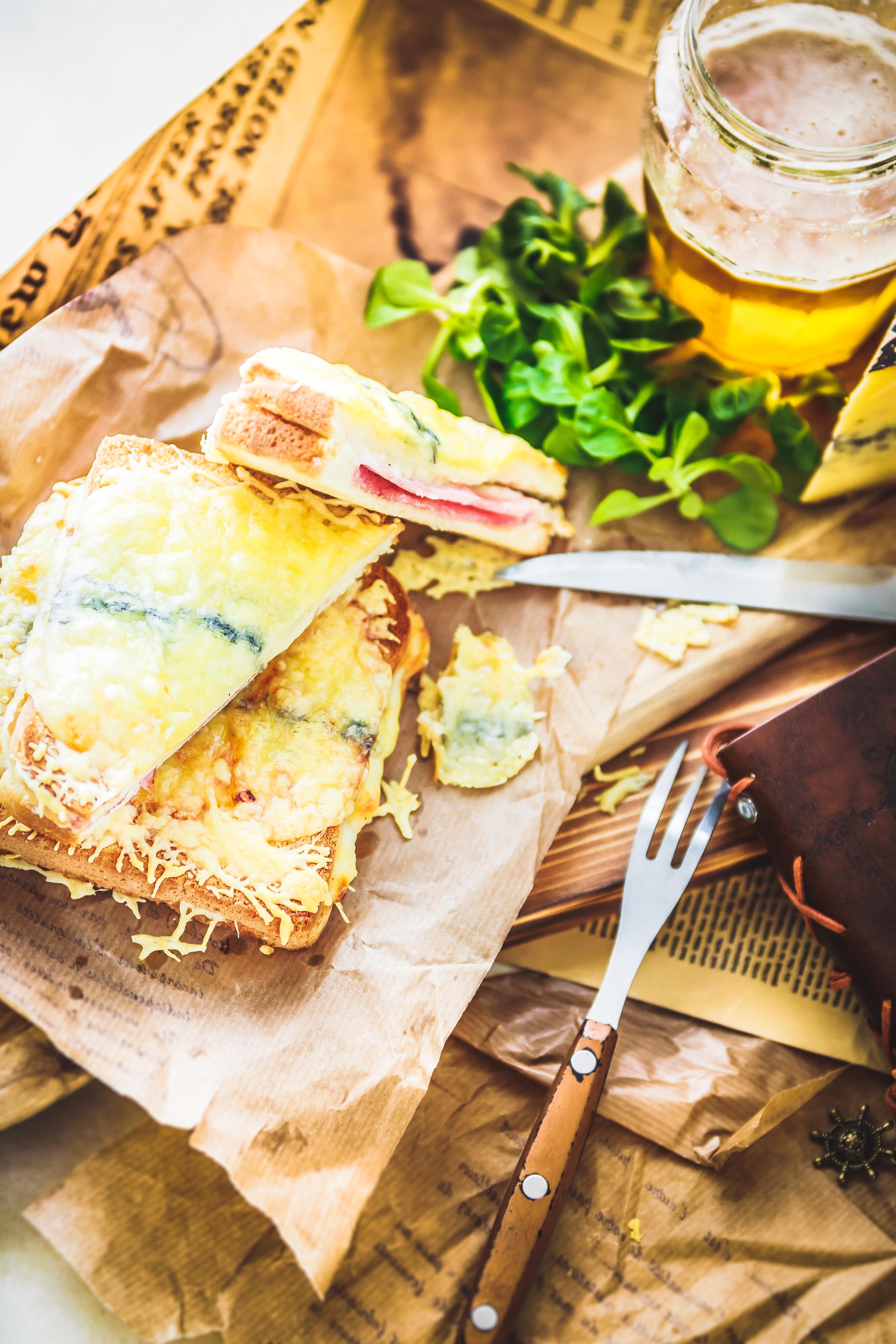 Recette Croque-monsieur au Morbier façon Brasserie. Photographe culinaire.Crique