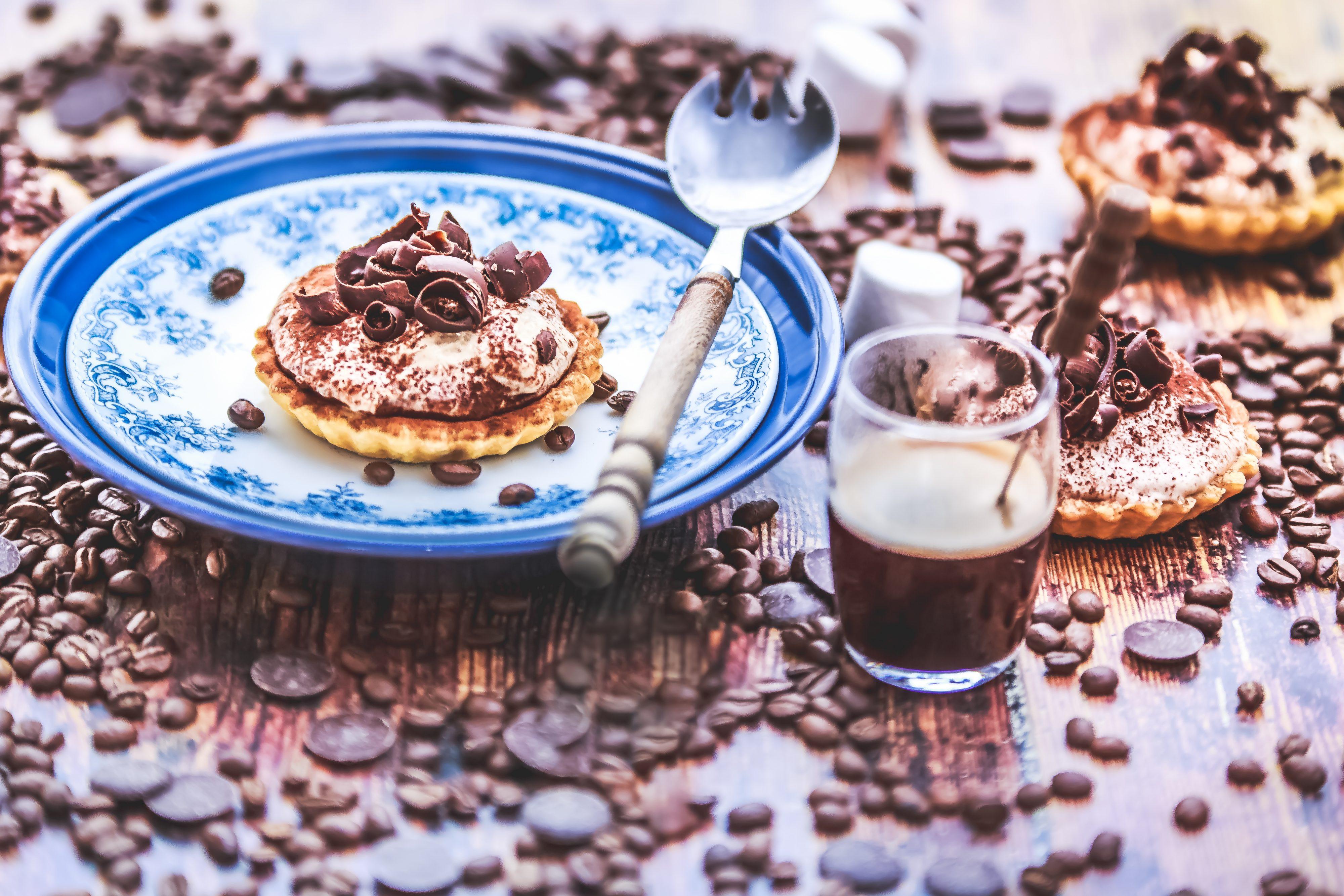 Photographe culinaire France, recette facile Tartelettes chocolat cappuccino à la guimauve