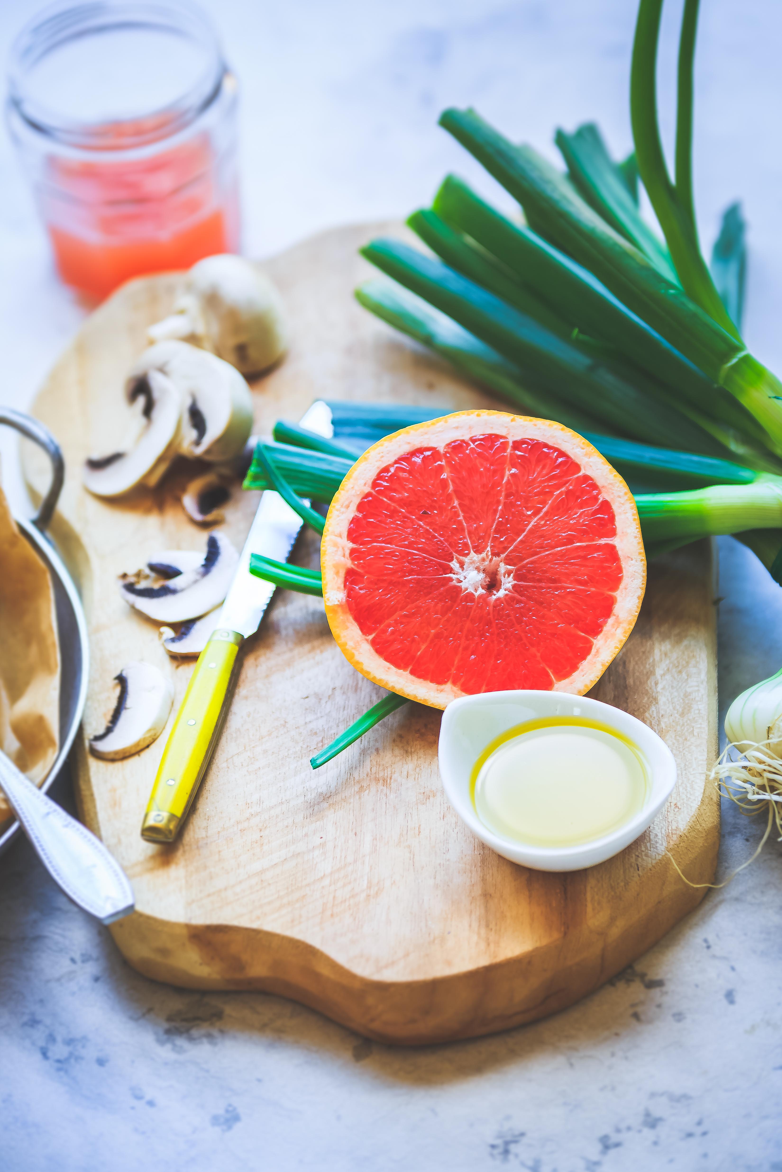 Recette Dos de cabillaud, sauce pamplemousse et asperges vertes